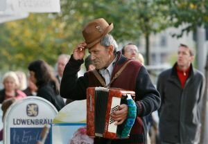 Single Accordian Player, Berlin